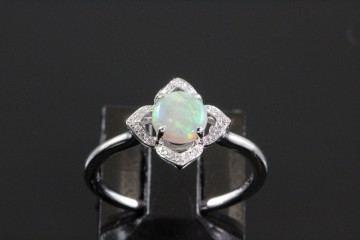 14kwg opal and diamond ring