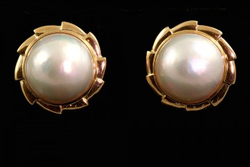 14kyg mabe pearl button earrings
