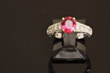 18k white gold spinel and diamond ring