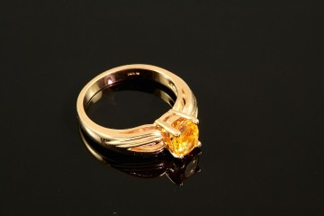 14ky yellow sapphire ring