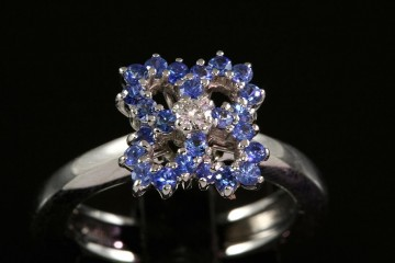 18kwg sapphire and diamond fashion ring.  Orig. $1550.00