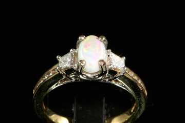 14ktt opal and diamond ring