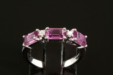 14kwg rhodolite garnet and diamond ring
