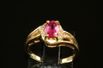 14kyg pink spinel and diamond ring