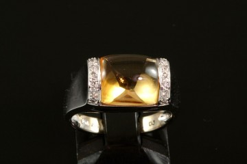 14kwg cabochon citrine and diamond ring
