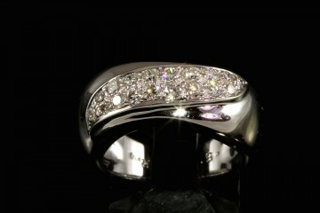 14kwg diamond pave ring.  Orig. $2700.00