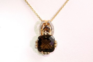 14kyg smokey quartz and diamond pendant