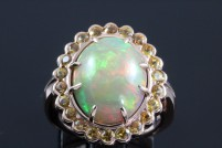 14krg opal and yellow sapphire ring