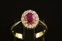 18kyg ruby and diamond ring