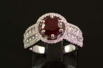 14kwg ruby and diamond ring