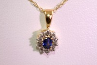 14kyg sapphire and dimaond pendant