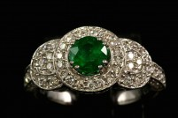14kwg emerald and diamond ring